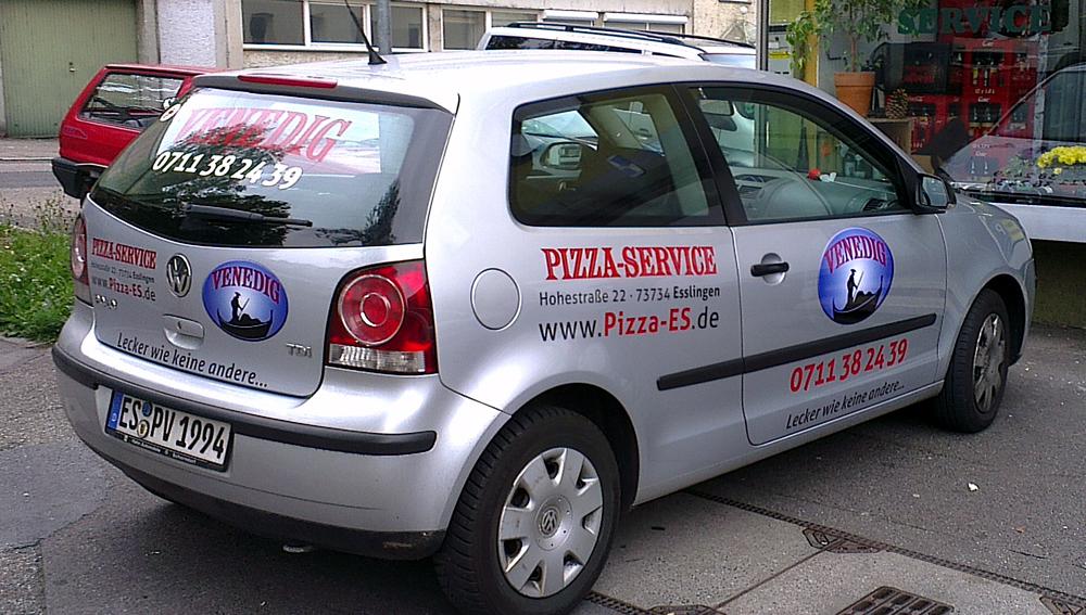 Autobeschriftung, Pkw-Beschriftung für Pizzaservice Venedig in Esslingen